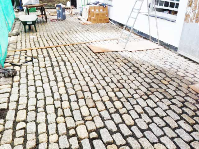 granite-cobbles-falmouth-stable